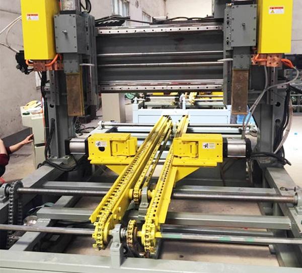 波纹片加强筋点焊机厂家