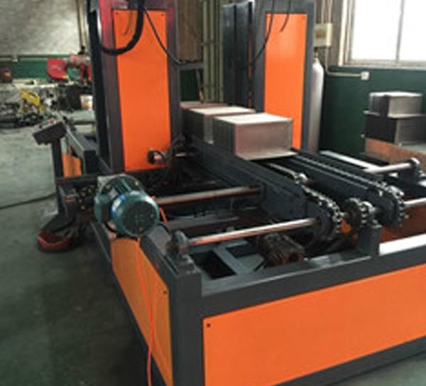 HBW1300-400传送式自动焊片机