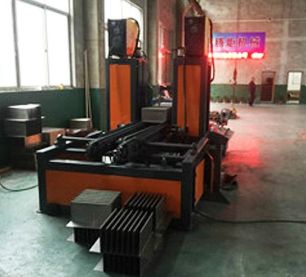 HBW1300-400传送式自动焊片机厂家